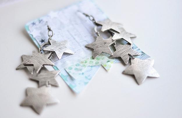 star earrings 800px